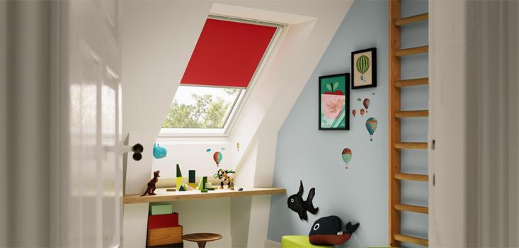 store velux rouge encore un blog de m re. Black Bedroom Furniture Sets. Home Design Ideas